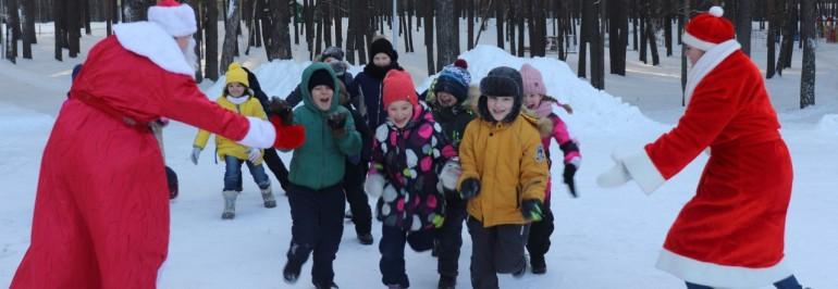 Новогодние смены в оздоровительных лагерях Зауралья