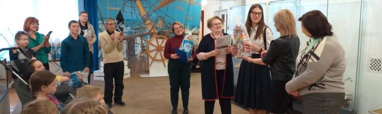 Участники и волонтеры профильных инклюзивных смен «Я и мой друг» получили награды и подарки